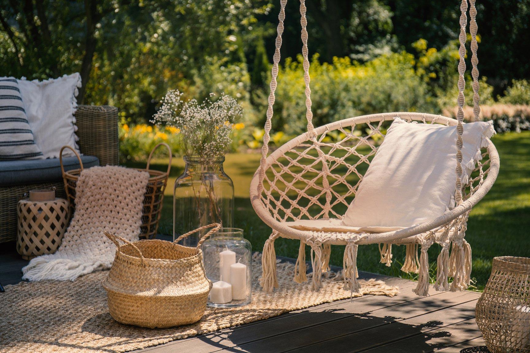 cesta-y-otros-objetos-decorativos-de-materias-naturales